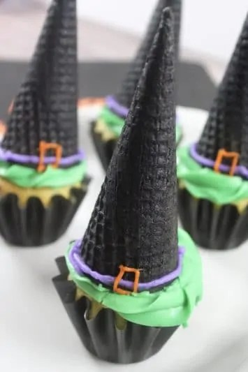 Easy Halloween Witch Hat Cupcakes Recipe