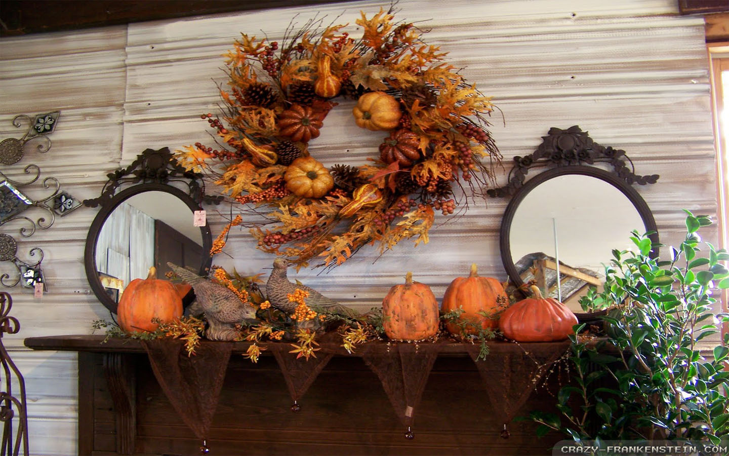 Free Desktop Wallpaper Fall Scenes Thanksgiving Wreath Wallpapers Crazy Frankenstein
