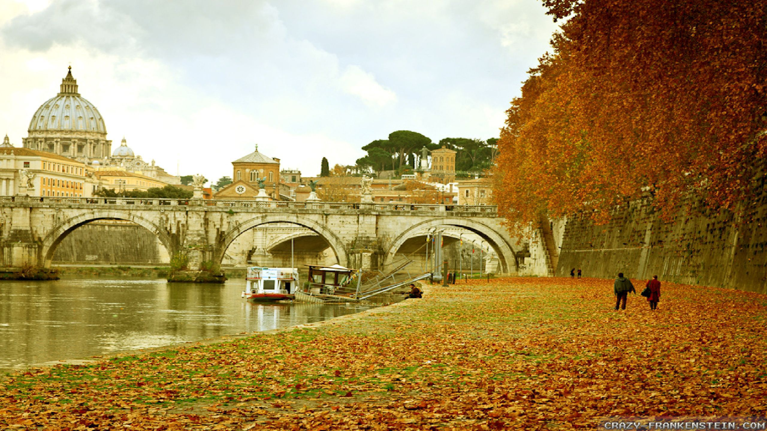Free Widescreen Wallpaper Fall Autumn In Italy Wallpapers Seasonal Crazy Frankenstein