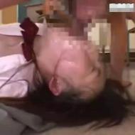 【女子高生レイプ動画】授業中に眠る生徒を鬼畜エロ体罰!喉マンコを肉棒で突きまくり生姦レイプ!