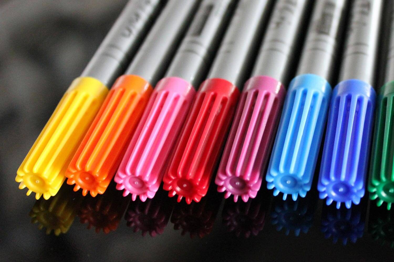 Colored Water Brush Best Watercolor Markers For Professionals Travel Beginners 2019