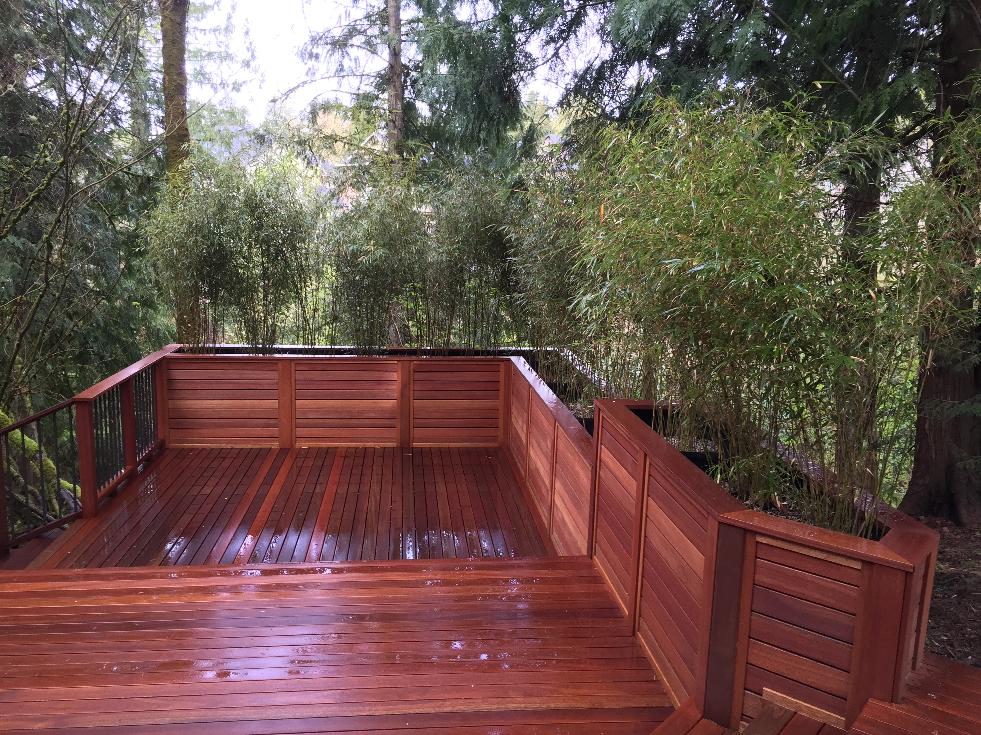 Bamboe Terrasplanken Nw Portland Mahogany Deck With Bamboo Planter Boxes