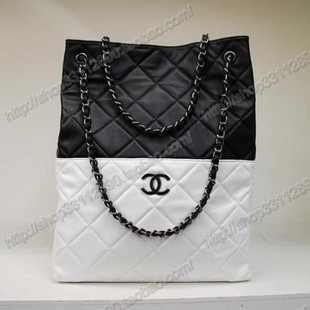 09+New+Chanel+Handbags+45_1