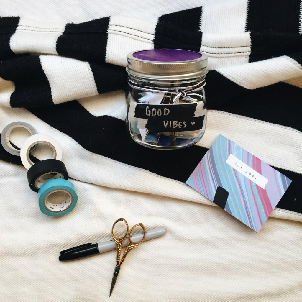 mason jar DIY thoughtful gift idea creativestay