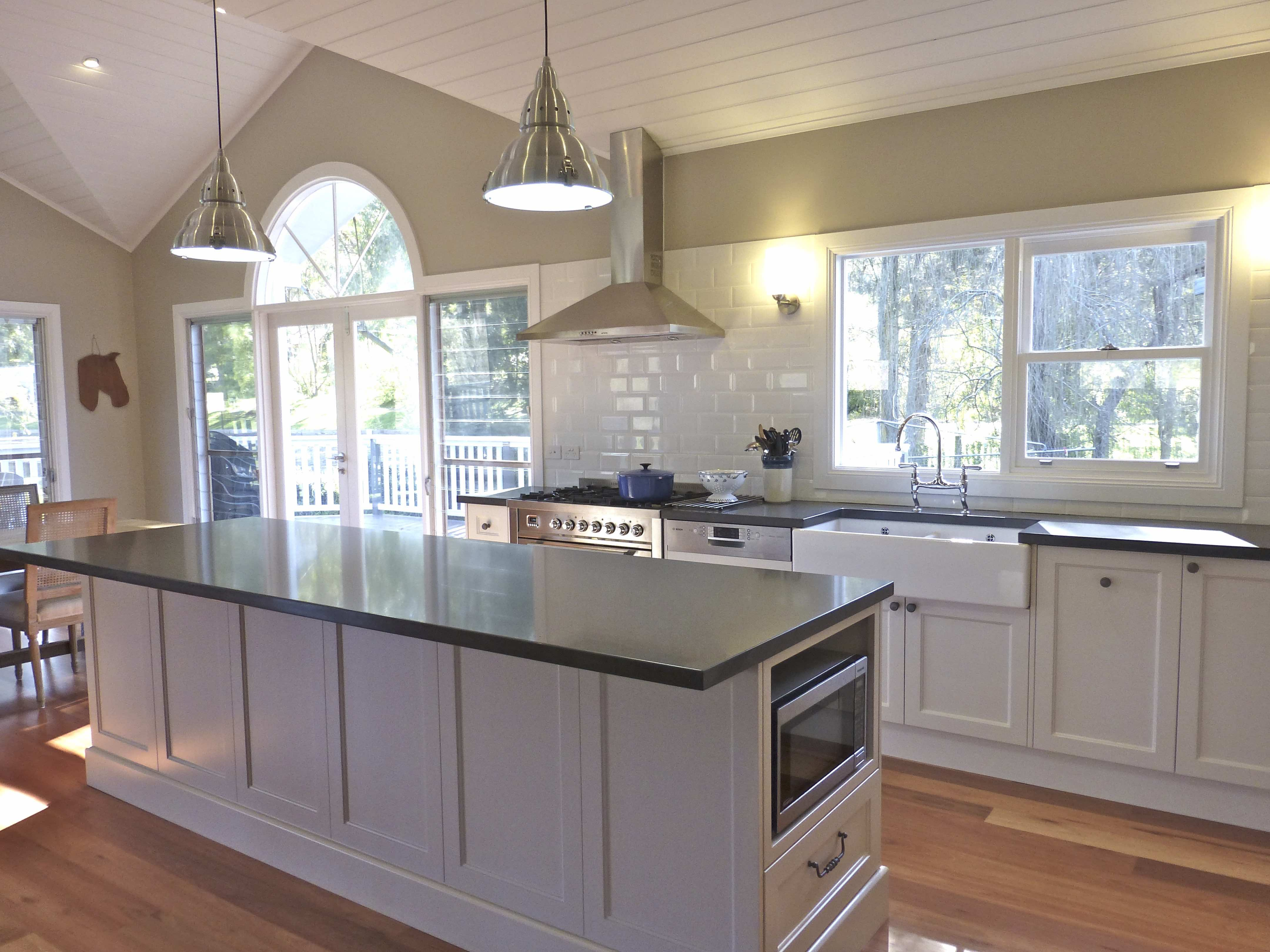 Grey Benchtop Kitchen Grey Or Gray No Matter How You Spell It There Are Lots Of