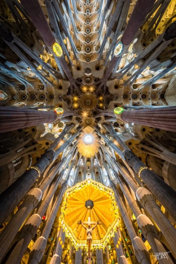 Sagrada-Familia-Perspectives6-640x959