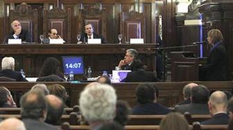 La Corte convocó a una audiencia por la Ley de Medios pero aún no decidió.