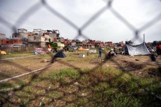 El terreno fue ocuopado por familias de la zona.