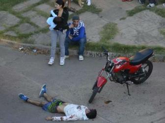 David Moreira, tras haber sido asesinado a golpes por vecinos de Rosario.
