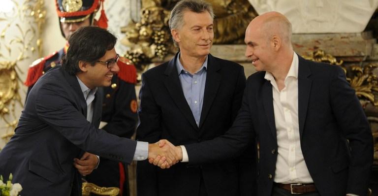 Garavano, Macri y Rodríguez Larreta tras la firma.