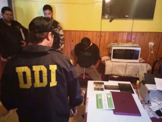 El agente detenido en Zárate.
