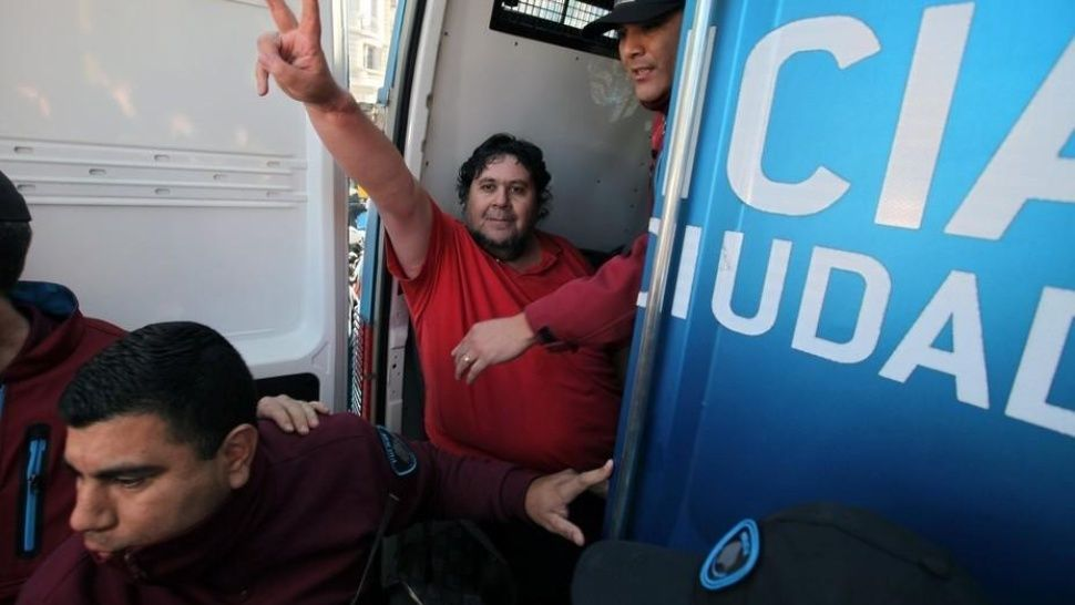 El metrodelegado Segovia, tras ser detenido.