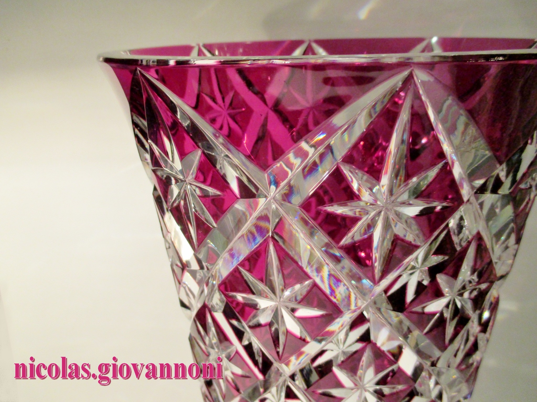 Vase De Couleur Grand Vase 40 Cm. - Cristal Rouge Prune - Saint Louis