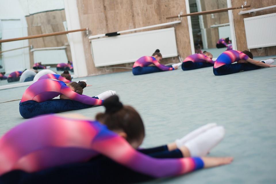 antrenament junioare gimnastica 2