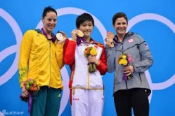 chinese-swimmer-ye-shiwen-2012-london-olympics-gold-09