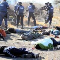 Striking Lonmin minewokers shot by police