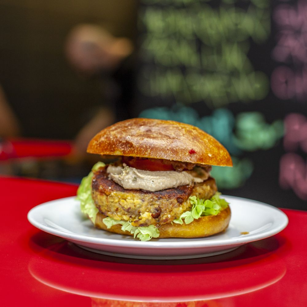 Burger Küche Jana From Owning A New York Coffee Shop To Opening A Vegan Burger