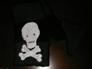 cro skull applique 1009