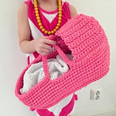 Free Pattern Doll Carry Basket Crochet