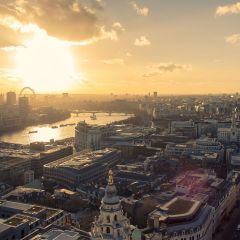 Should you live in NYC or London?