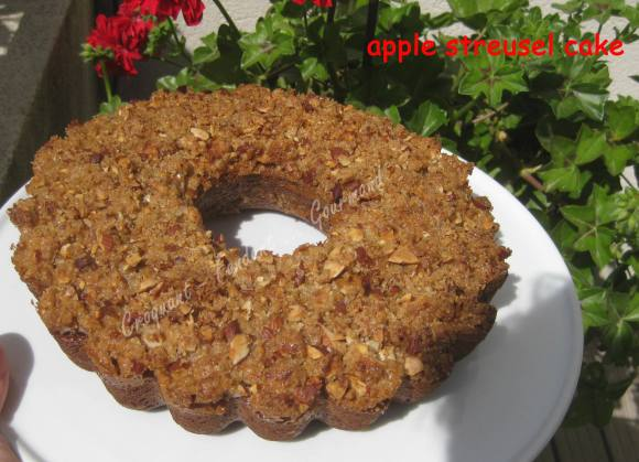 apple streusel cake IMG_5308_32873