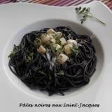 Pâtes noires aux Saint-Jacques DSCN2246