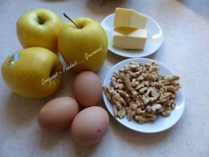 Gâteau pommes-noix P1000131