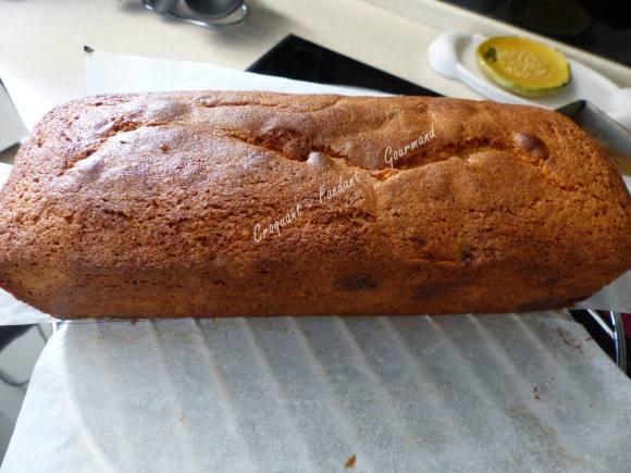 Cake aux cerises amarena P1030584