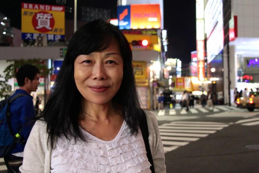 Noriko erklärt uns in Shinjuku ihre Sicht auf die japanische Kultur