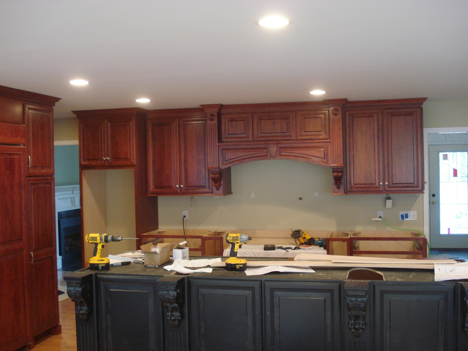 Installing Kitchen Cabinet Crown Molding Kitchen Cabintes By Crown Molding Nj 17 Crown Molding