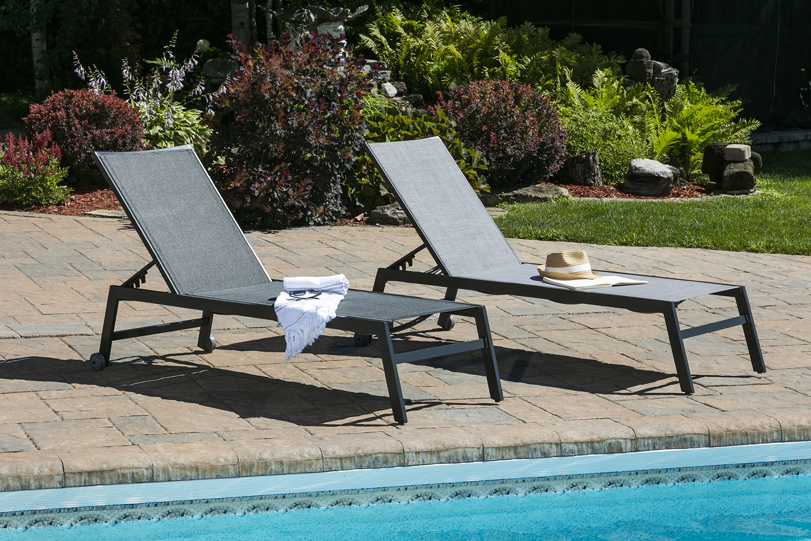 Chaises Elizabeth Outdoor Lounges Chaises Crown Spas Pools Winnipeg