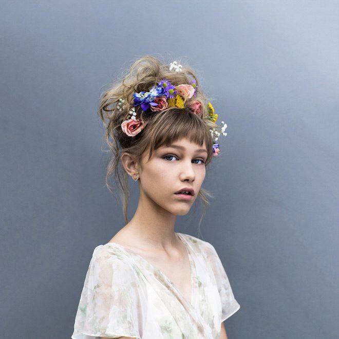 Wallpaper Hd Taylor Swift Grace Vanderwaal Just The Beginning Album Review