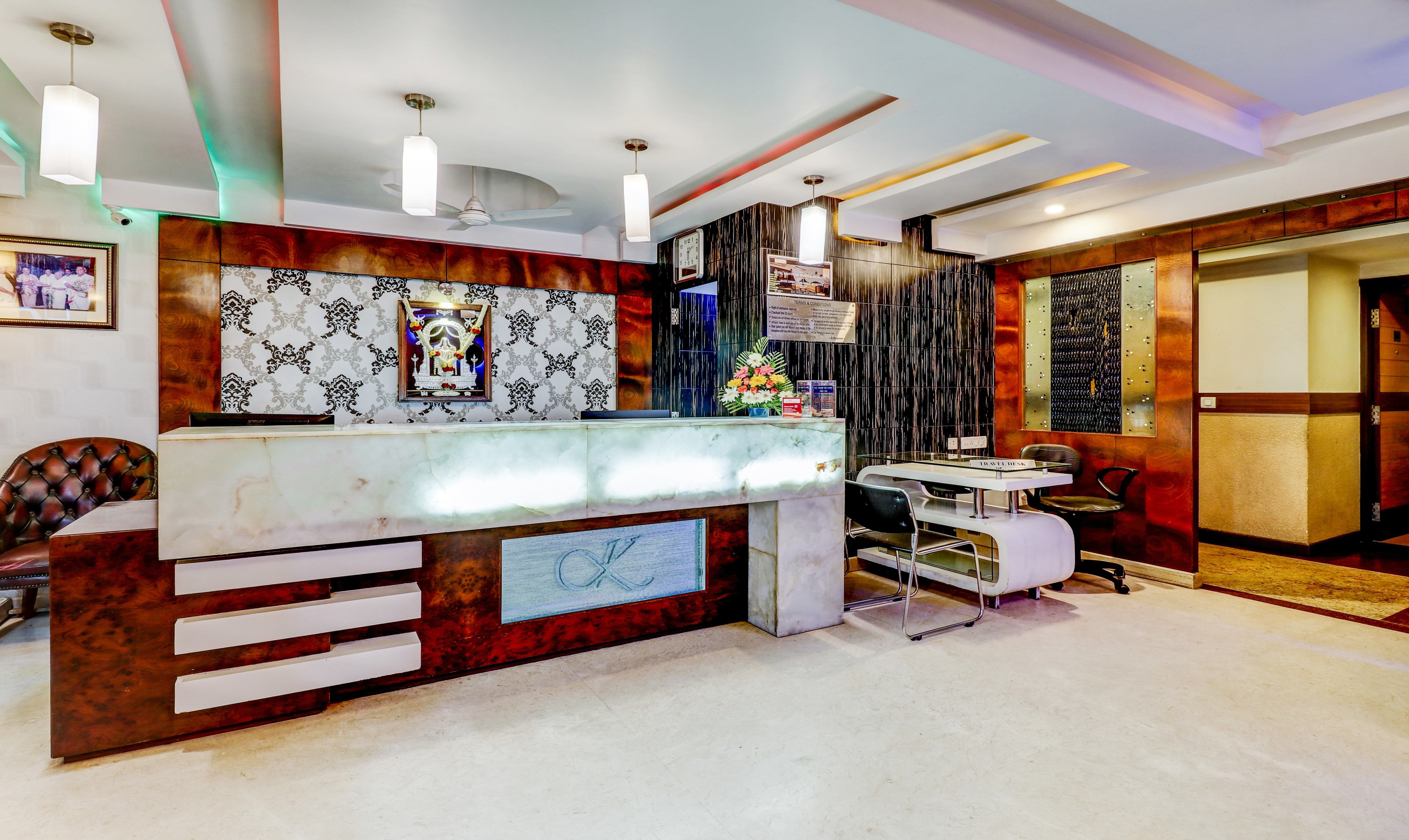 Travel Air Jc Road Bangalore Hotels Near Race Course Road Bangalore Tariff 799