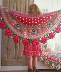 BEAUTIFUL SHAWLS WITH FLOWERS - CrochetRibArt