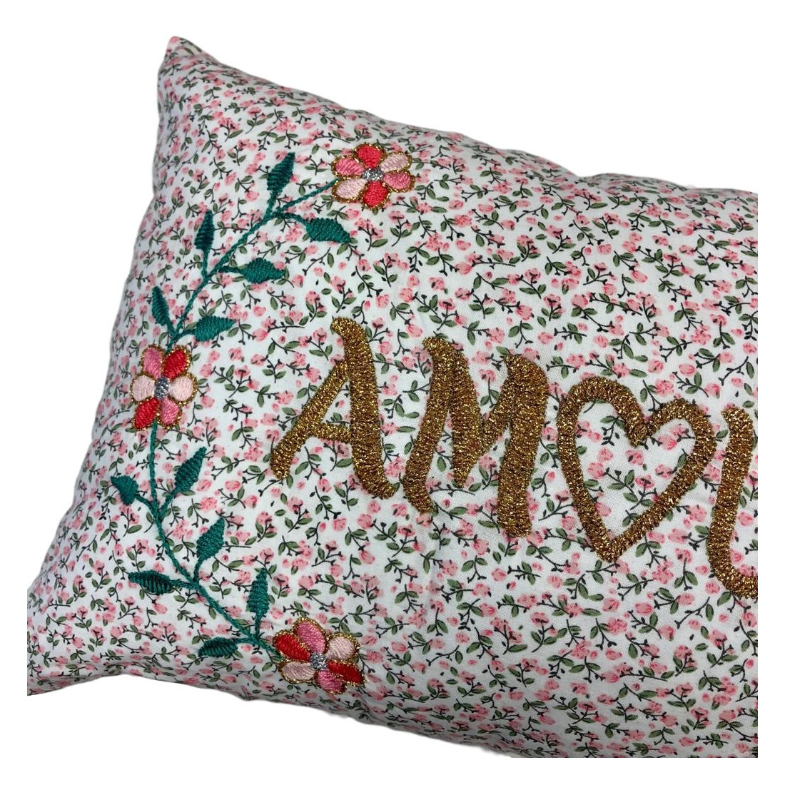 Brodé Embroidered Flowers Cushion Love
