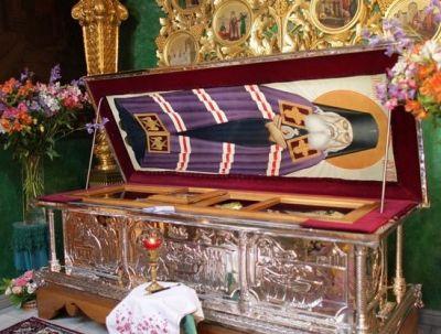 Рака с мощами святителя Луки (Войноясенецкого)