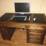 Компьютерный стол дуб и кожа_373