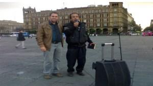 En pleno Zócalo con un predicador que pregonaba libremente su mensaje