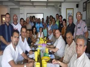 Participantes en Espacio Abierto y firmantes de la carta al Papa Francisco