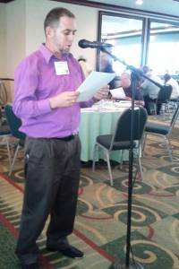 Presentando mi ponencia en Encuentro Nacional Cubano en Puerto Rico