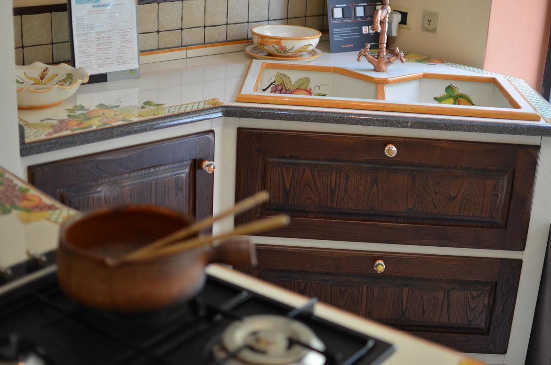 Cucina In Muratura Con Piano Bar