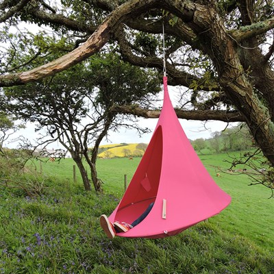 Cacoon Single Hanging Cacoon In Fuchsia Pink