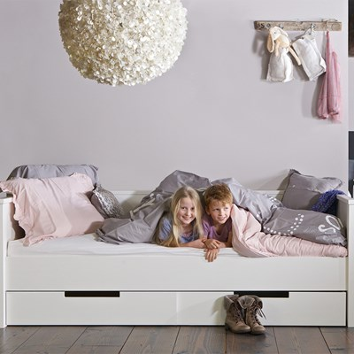 Woood Jade Jade Day Bed With Optional Storage Drawers By Woood