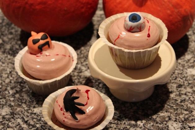 Les cupcakes au sang de monstre **Cupcakes d'Halloween**  Cuisine de Deborah