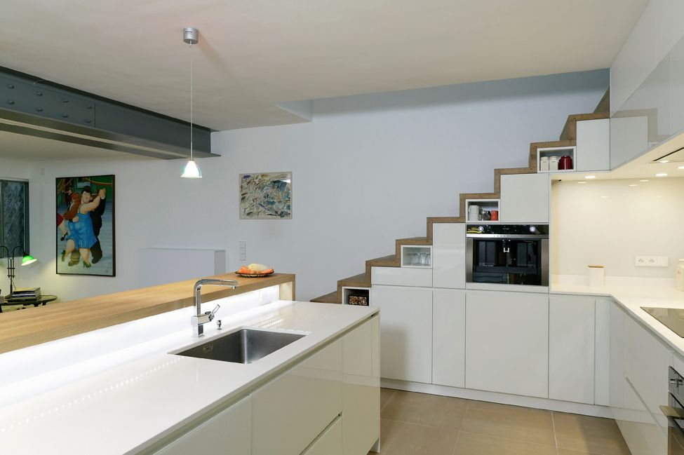 une cuisine puzzle cuisines et bains. Black Bedroom Furniture Sets. Home Design Ideas
