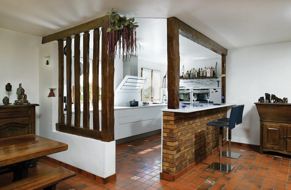 Cuisine en bois 10 mod les ne pas manquer for Modele de cuisine en bois