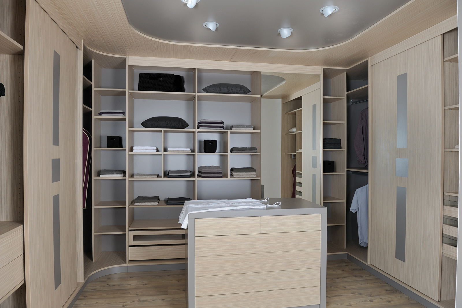 Model De Dressing Modele Dressing 2 Cuisines Couloir