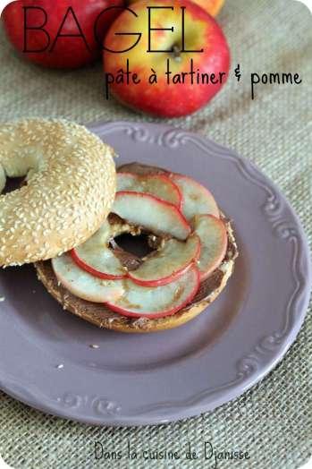 Bagel sucré aux pommes et pâte à tartiner
