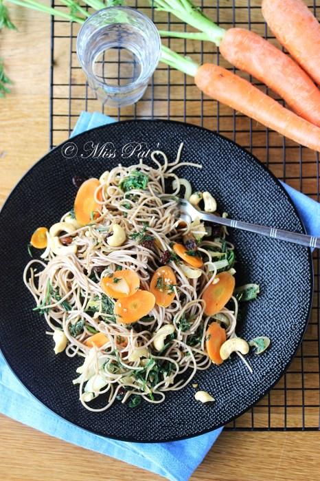 Pâtes soba aux carottes et ses fanes misspatuntibb