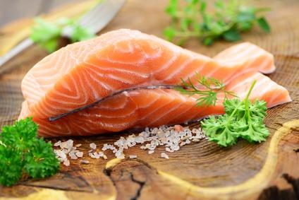 saumon vapeur enveloppé de chou : recette